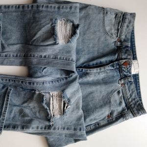 ABRAND MOM JEANS 29/11 DISTRESSED, PREOWNED